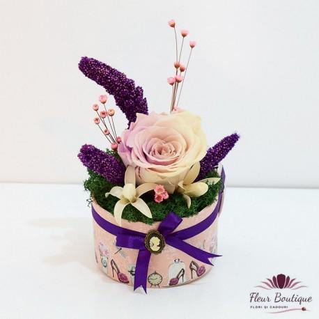 Aranjament floral trandafir stabilizat