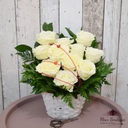 "Cos flori 11trandafiri ""Din Dragoste"""
