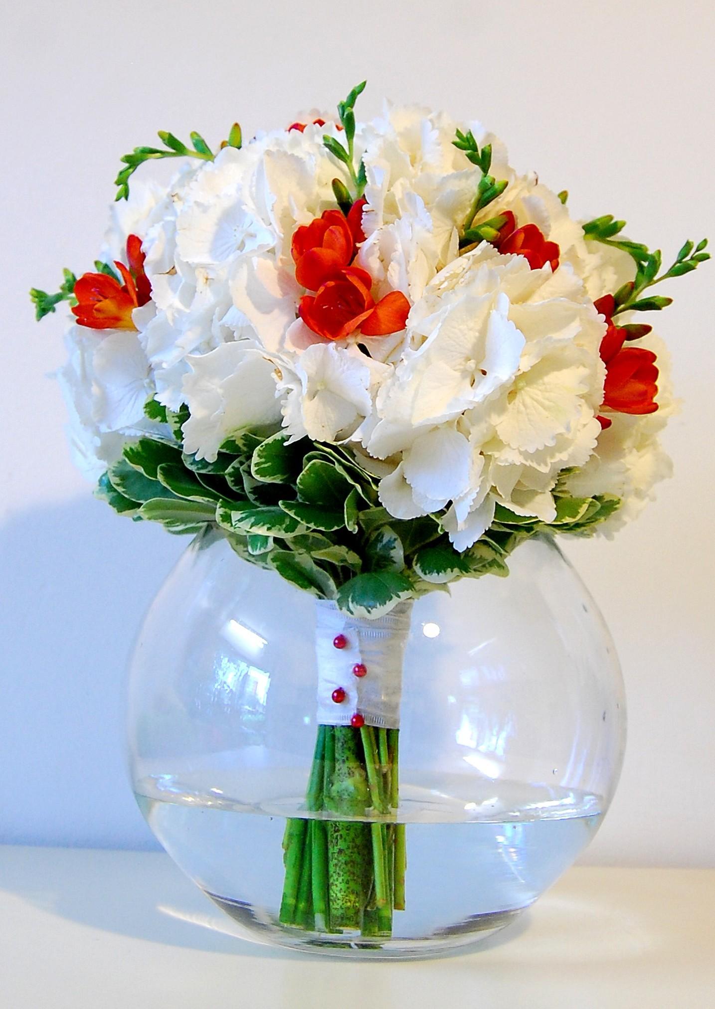 Buchet Mireasa Orange Spots Bm001 Florarie Online Flori In Iasi