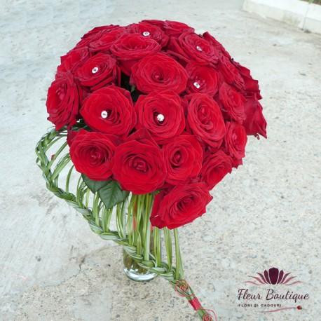 Buchet floral Red Passion 33 trandafiri BF041