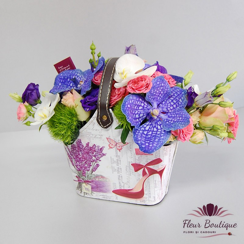 Aranjament Floral Poseta Cu Flori Fleurboutiquero