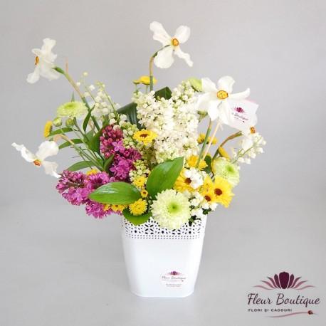 Aranjament floral Primavara AF028