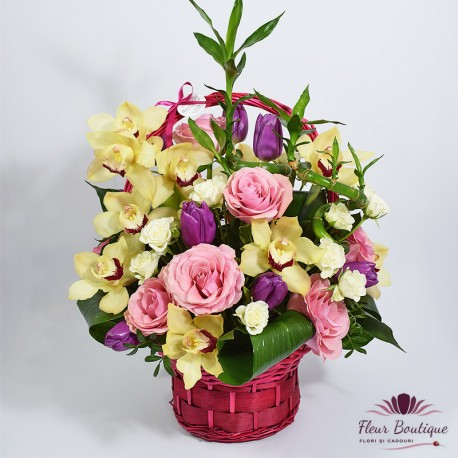 Cos floral orhidee, lalele si trandafiri